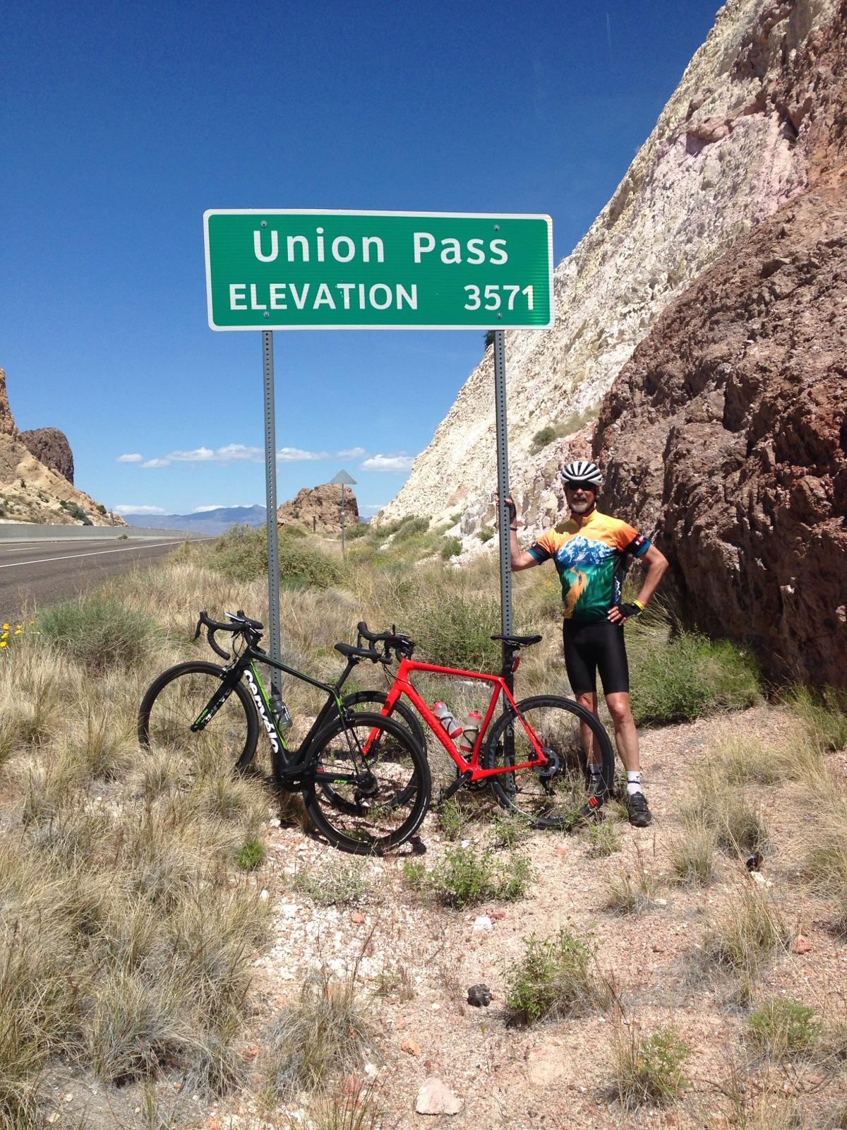 Len Union Pass